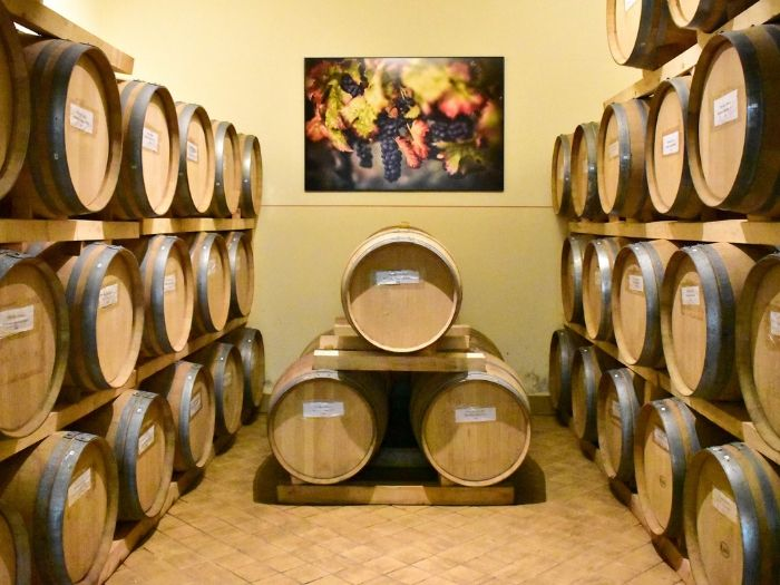 Botti-Barrique-Cantina-Montioni